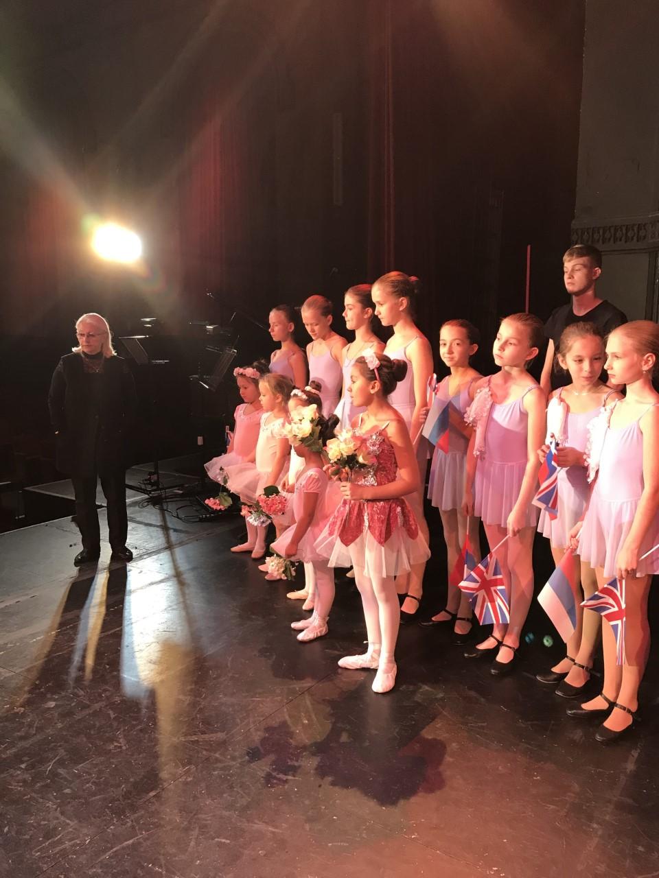 Russian Ballet School – BackStage